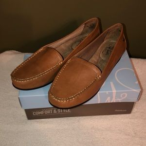 Brown loafers. Never worn. Still in box.